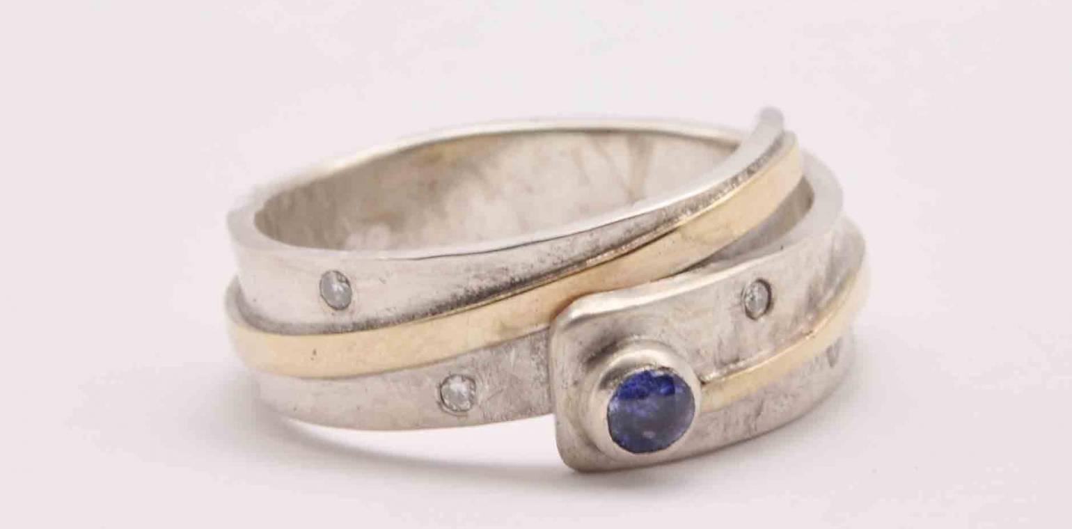 How To Commission A Piece Of Jewellery