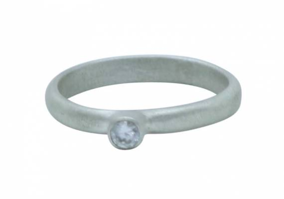D_shaped_cz_tube_engagement_ring-flat