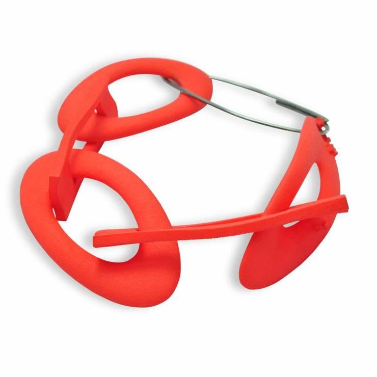 red chain bracelet