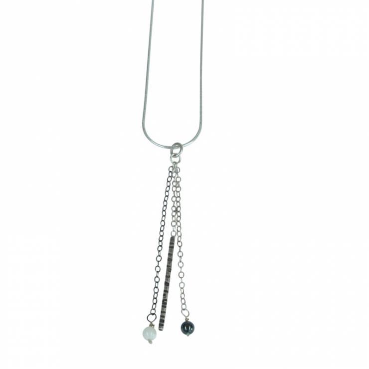 3 chain textured pendant