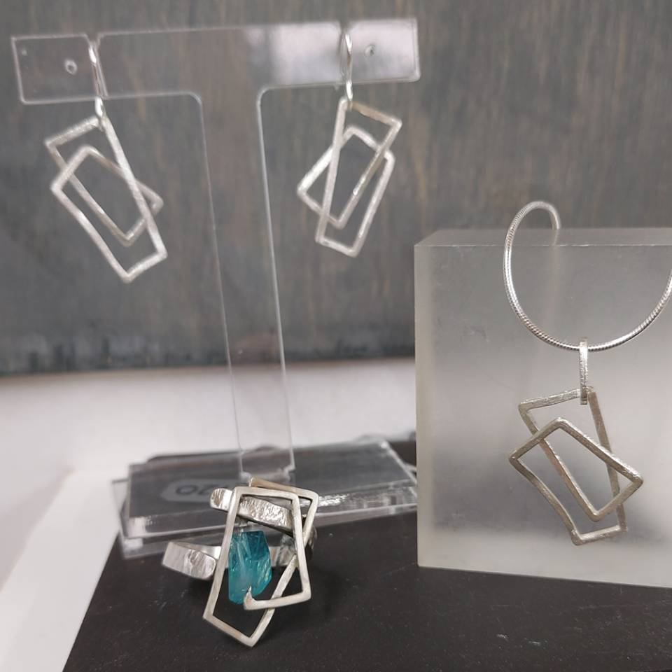 small component pendant earrings and small component apatite ring