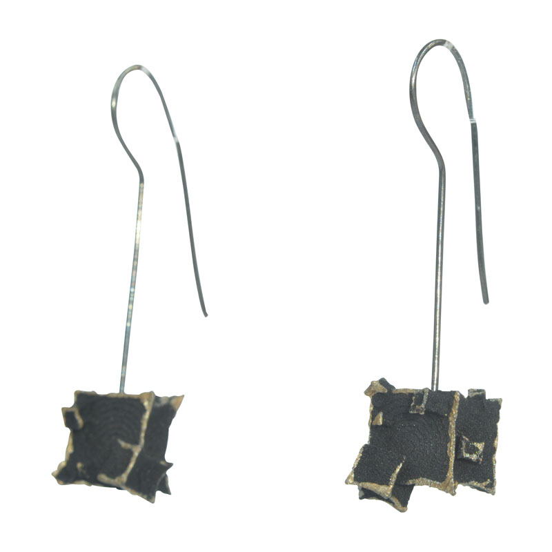 black cube gold wire drops