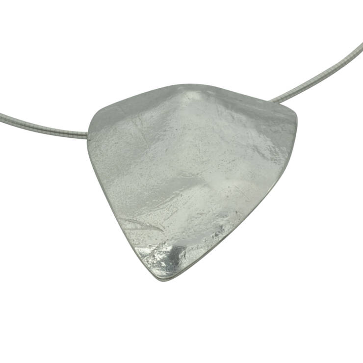 Triangle rollered domed pendant